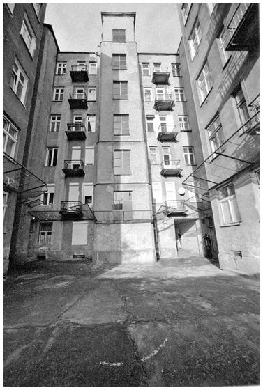 Mirów - Kamienica przy Chłodnej róg Wronia